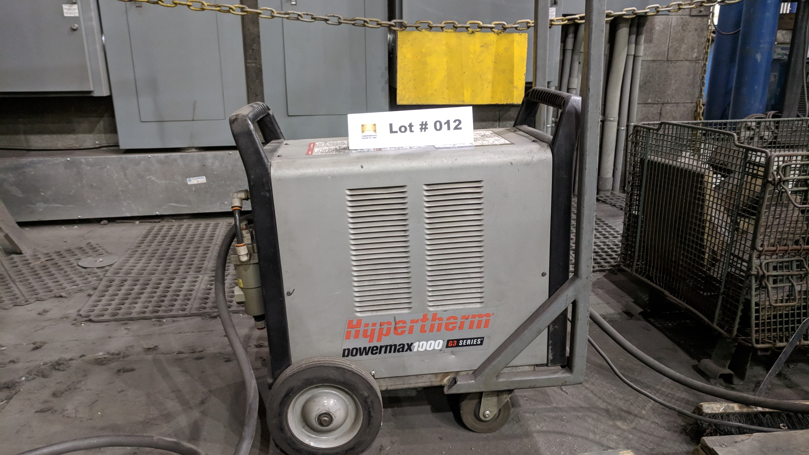 HYPERTHERM POWERMAX 1000 G3 SERIES PORTABLE PLASMA CUTTER WITH CABLES AND GUN, S/N N/A