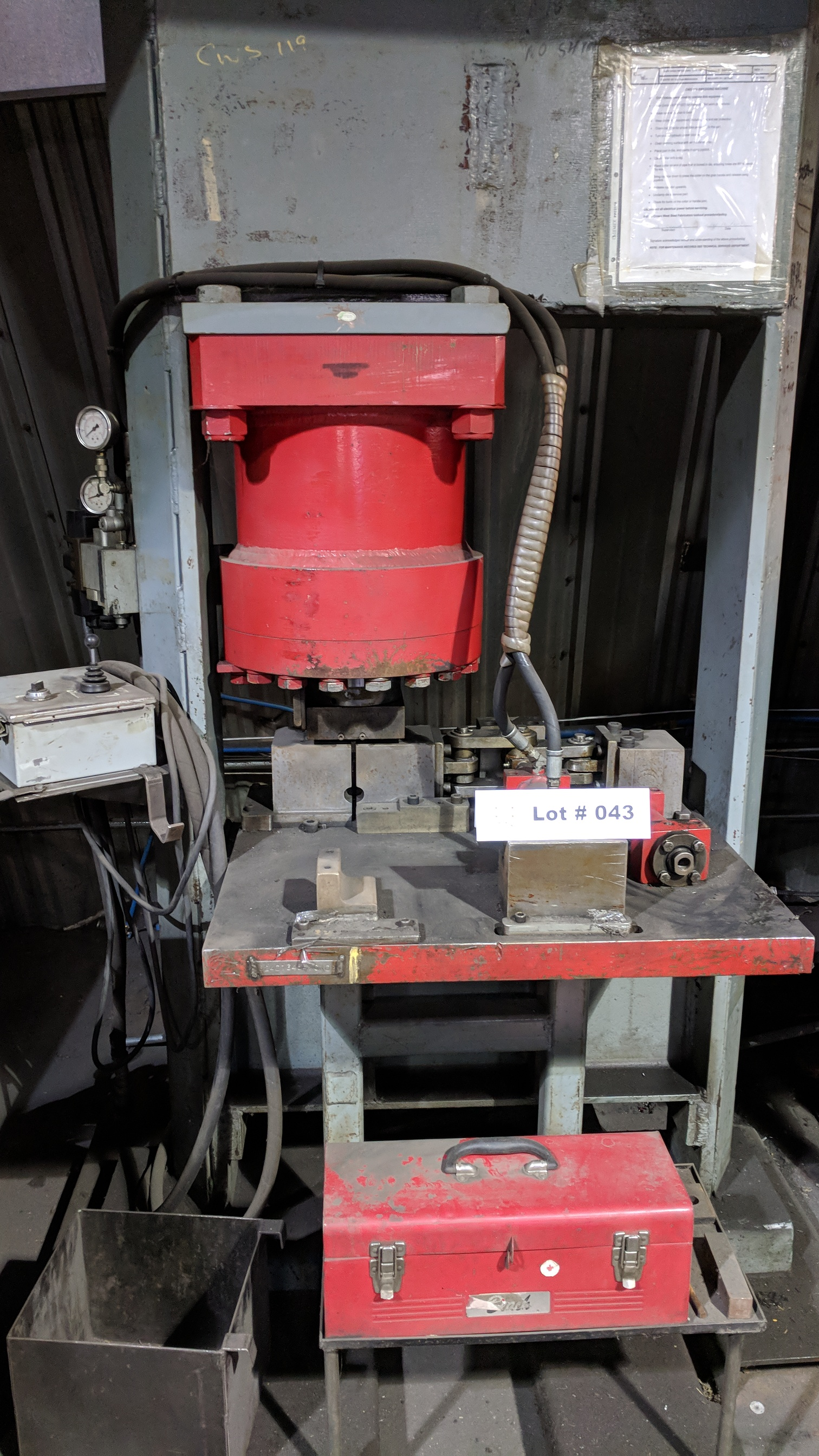 CROWN HEAVY DUTY HYDRAULIC SHOP PRESS WITH MULTI POWER PRODUCTS POWER PACK, S/N N/A (CI) - Image 2 of 5