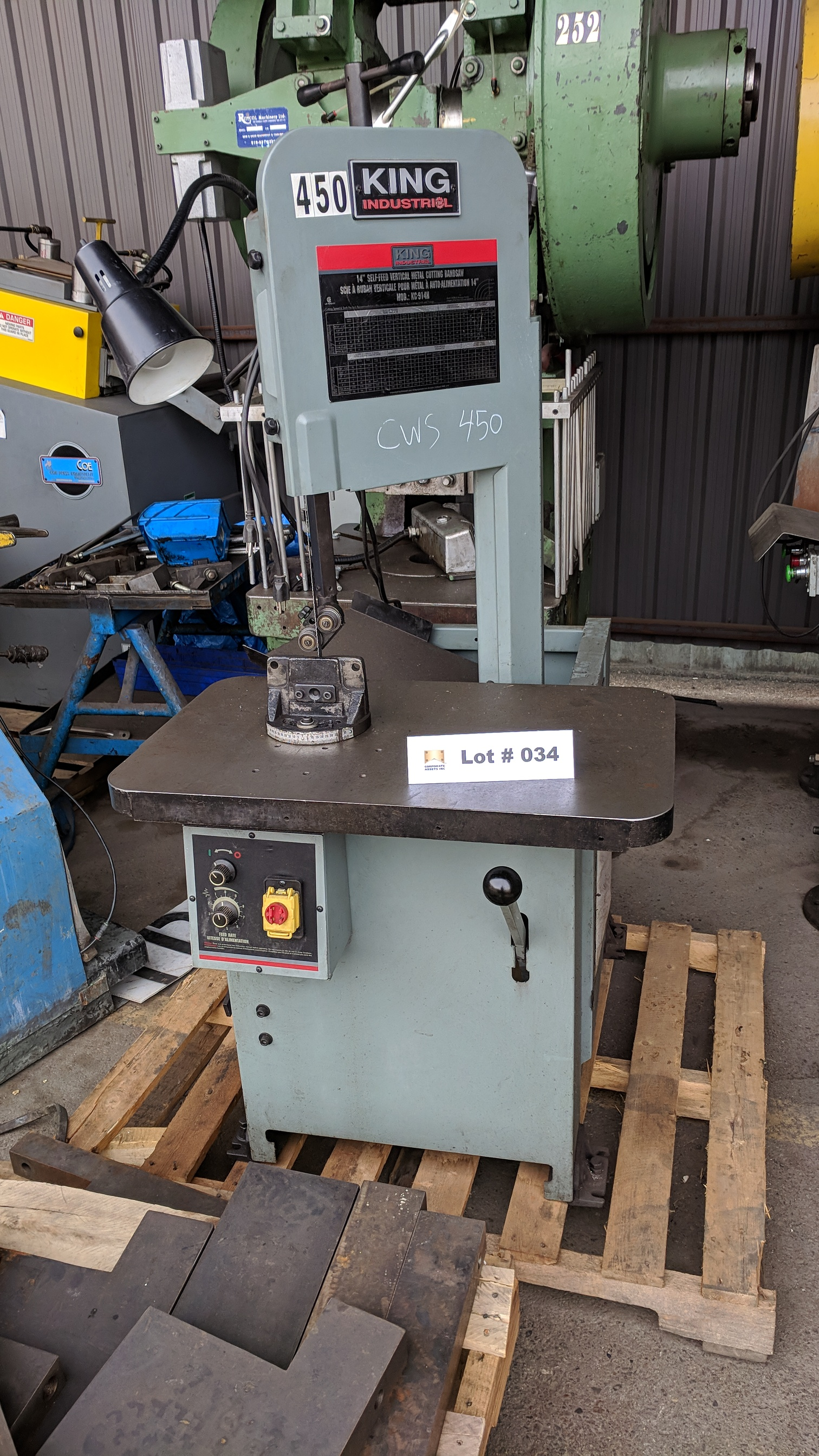"KING (2012) KC-914H 14"" ROLL-IN VERTICAL BAND SAW, S/N 14L0040 (CI)-"