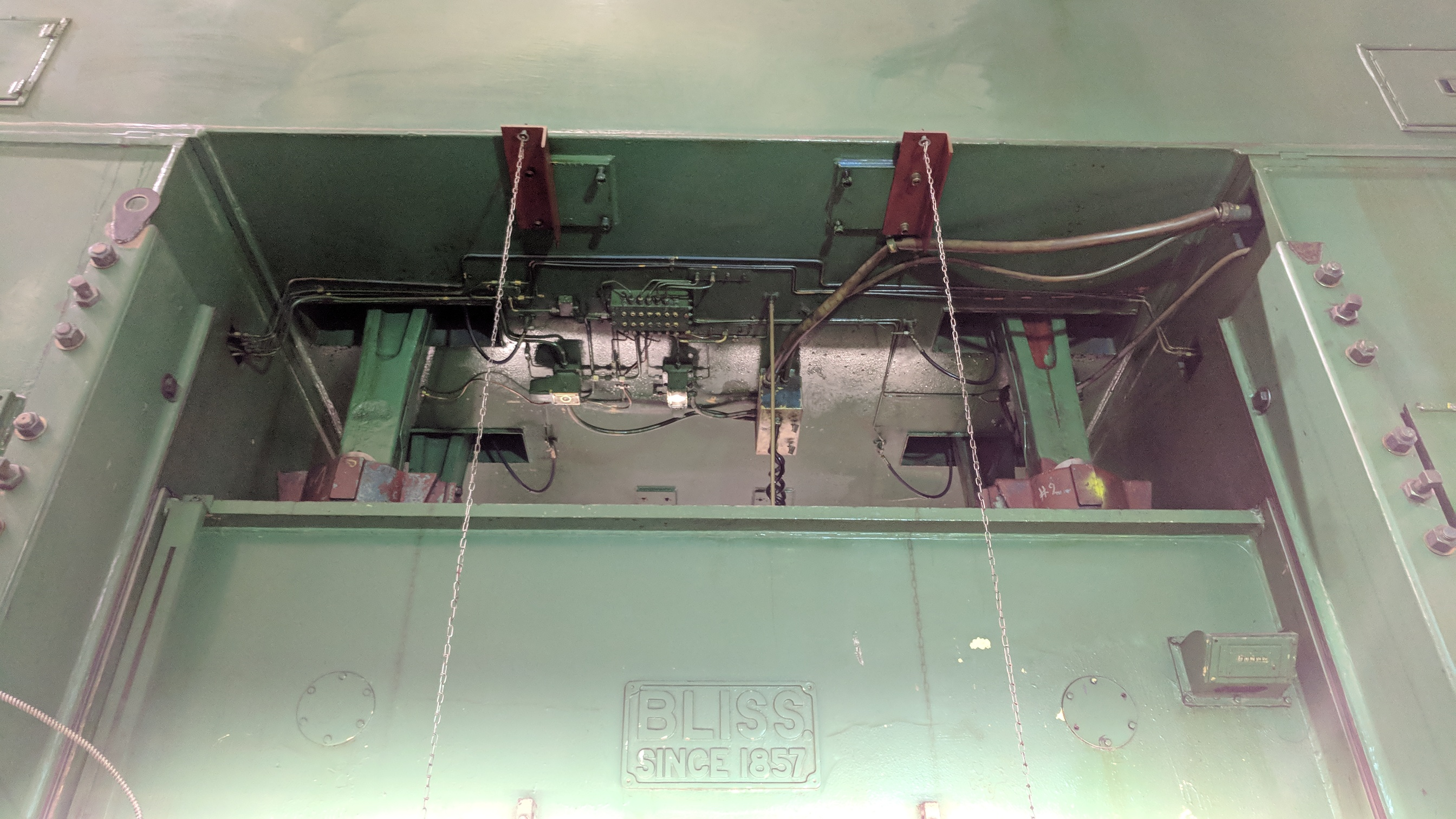 """BLISS SE4-600-108X72 600 TON CAPACITY STRAIGHT SIDE PRESS WITH MAGELIS 2000 PLC CONTROL, 108""""X72"""" - Image 10 of 21"""