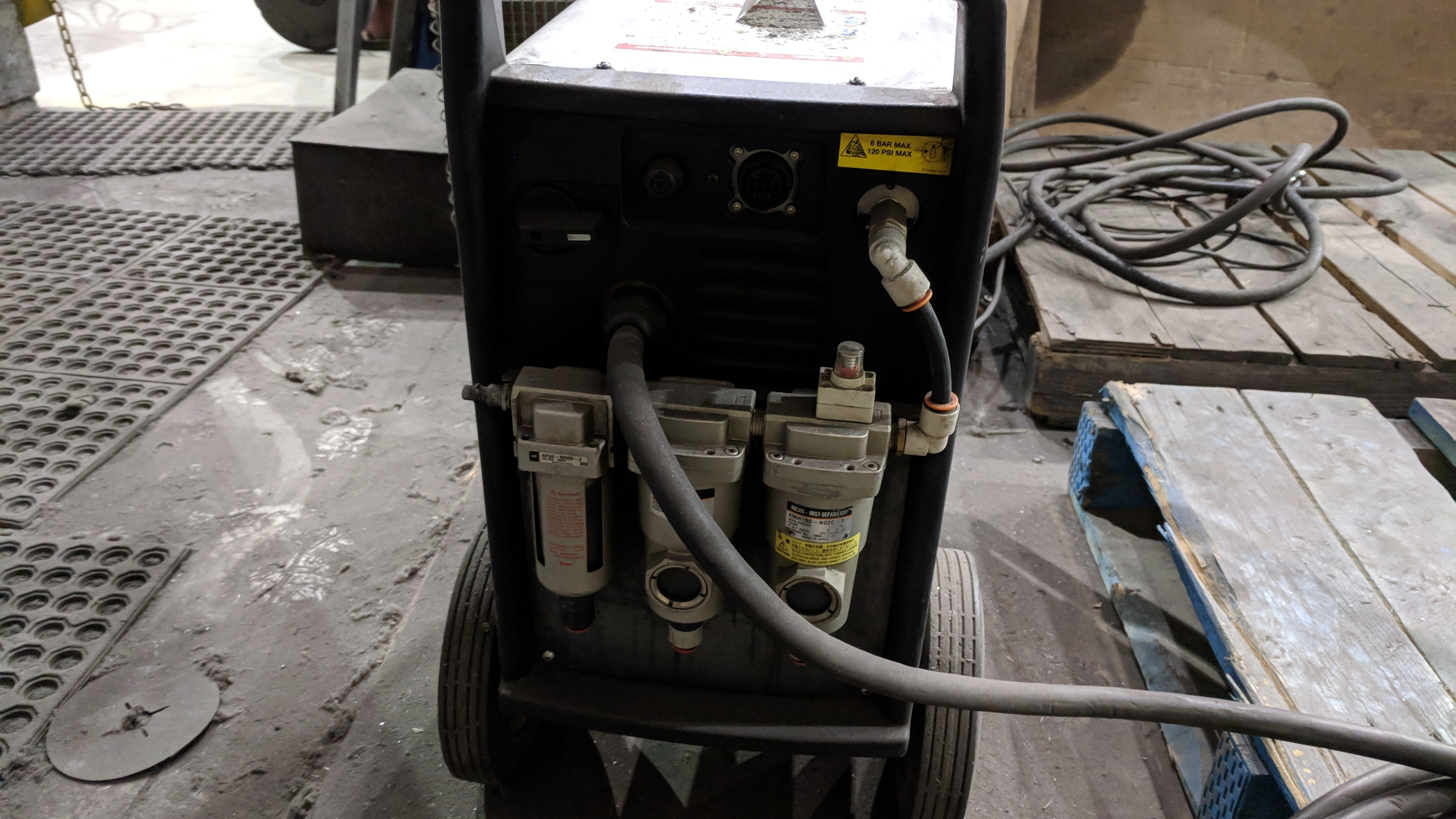 HYPERTHERM POWERMAX 1000 G3 SERIES PORTABLE PLASMA CUTTER WITH CABLES AND GUN, S/N N/A - Image 2 of 4