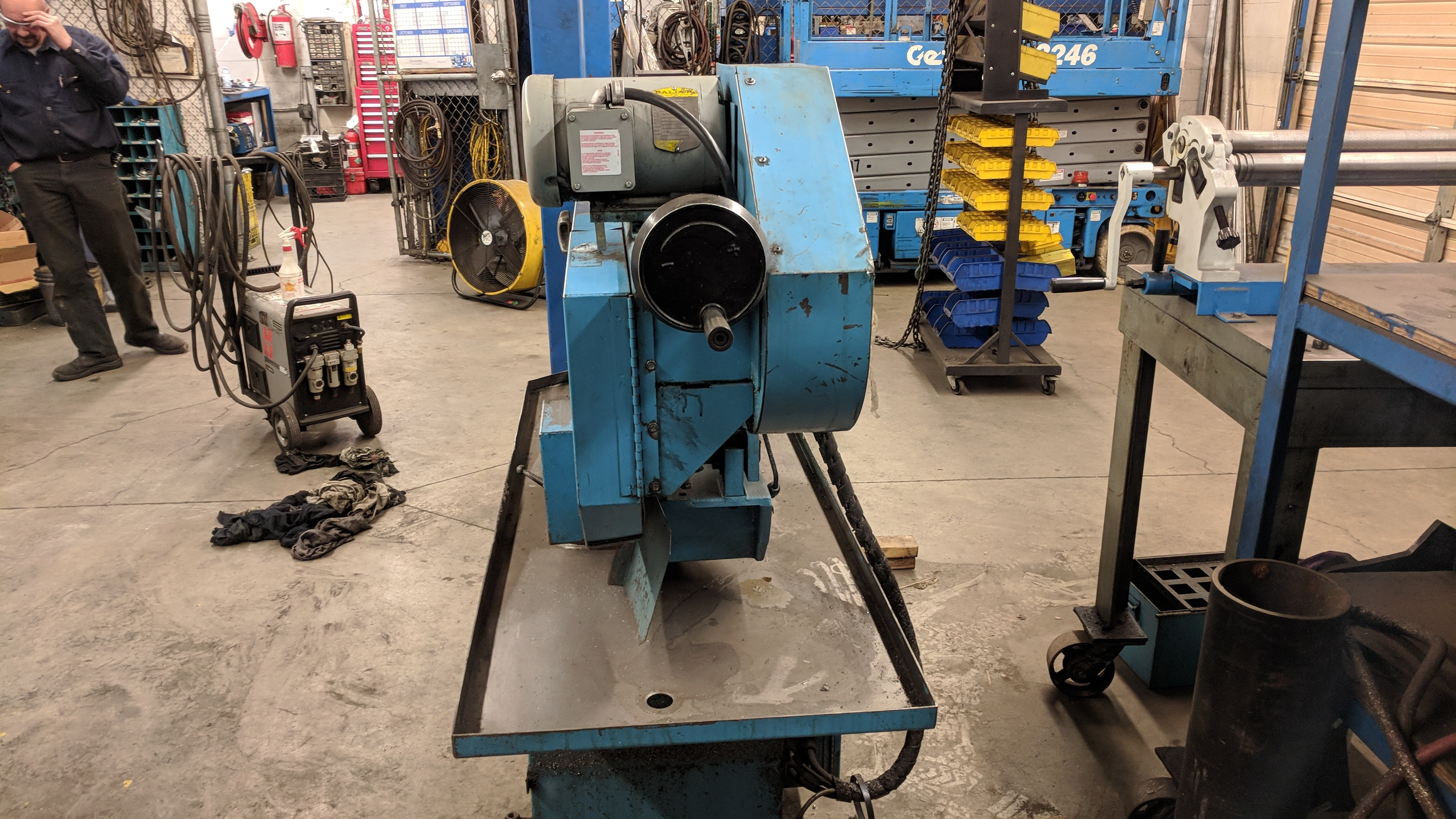 """DOALL C916S 9""""X16"""" METAL CUTTING HORIZONTAL BAND SAW WITH 1"""" X .035"""" X 158"""" BLADE, MITER CAPABILITY, - Image 5 of 7"""