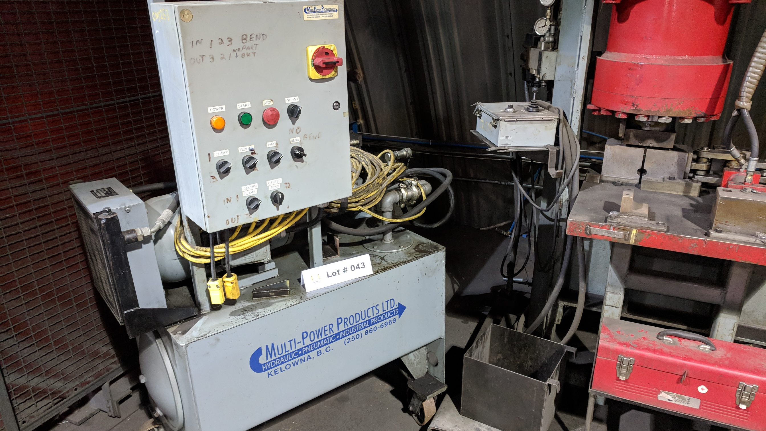 CROWN HEAVY DUTY HYDRAULIC SHOP PRESS WITH MULTI POWER PRODUCTS POWER PACK, S/N N/A (CI) - Image 3 of 5
