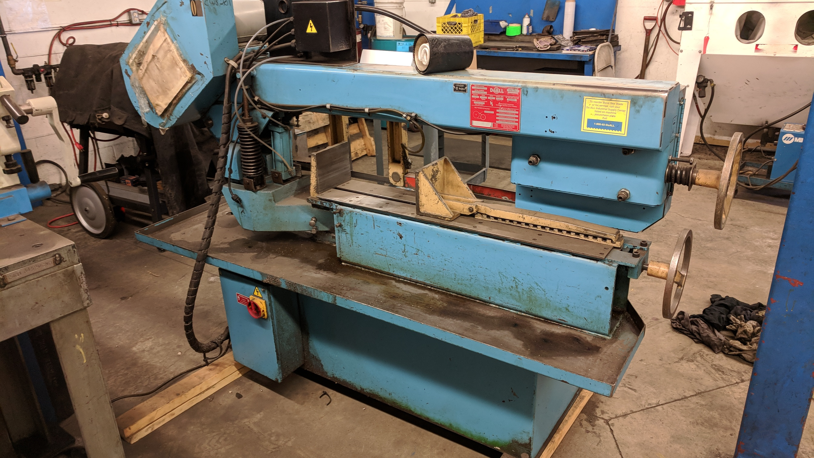 """DOALL C916S 9""""X16"""" METAL CUTTING HORIZONTAL BAND SAW WITH 1"""" X .035"""" X 158"""" BLADE, MITER CAPABILITY, - Image 6 of 7"""