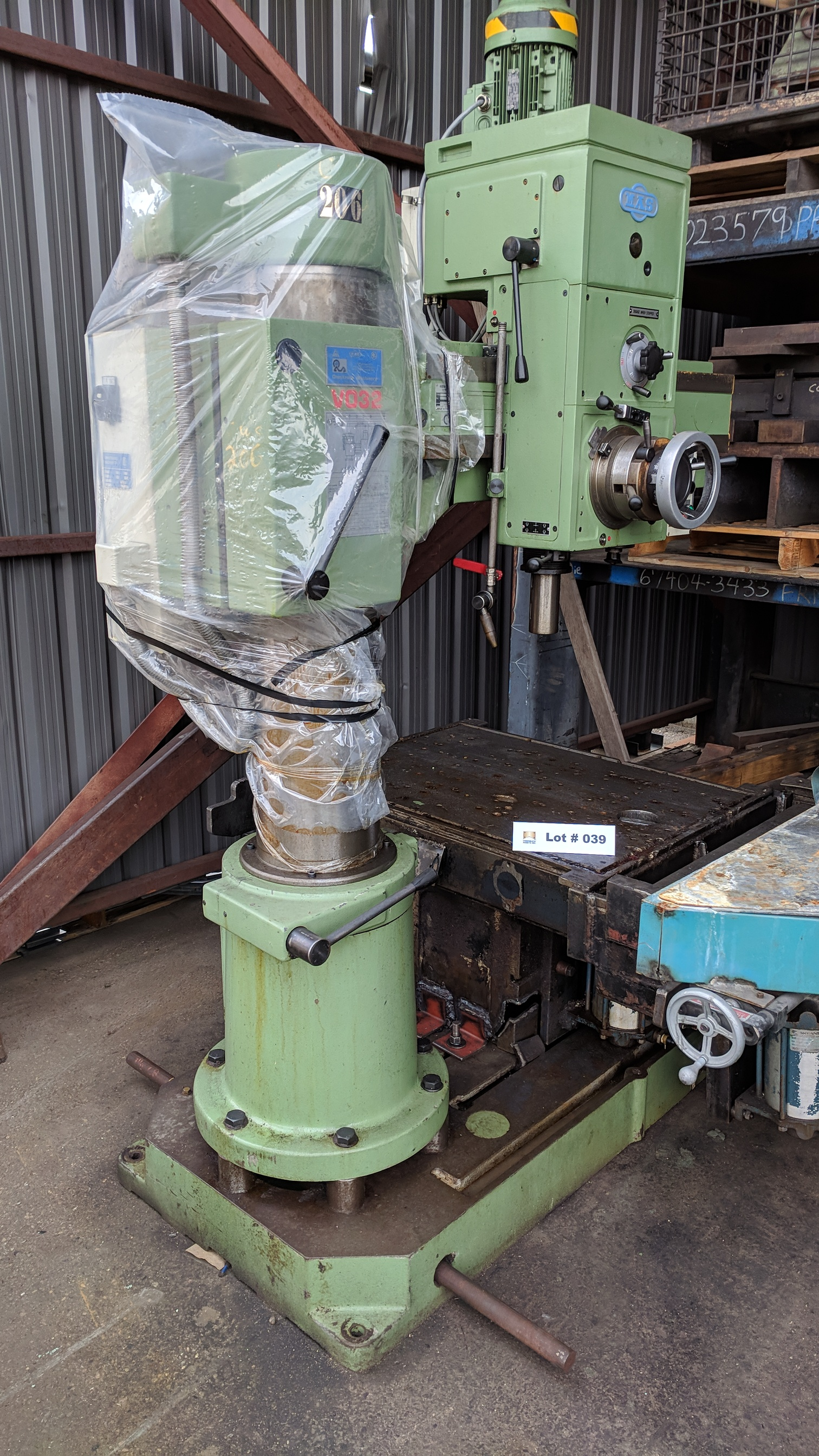 """MAS (1998) VO32 40"""" RADIAL ARM DRILL WITH 10"""" COLUMN, SPEEDS TO 2890 RPM, 3 HP, S/N 2663 (CI)"""