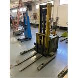 Clark SP30 Electric Straddle Stacker, s/n 2662-EM6550, 3000 Lb. Capacity