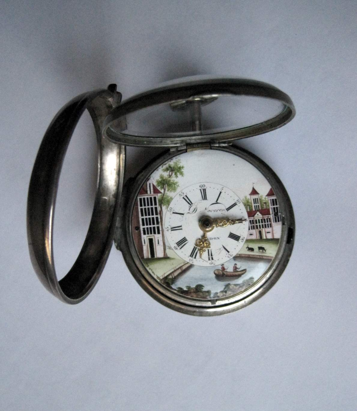 Lot 13 - Large gusset watch 18th sterling silver (1780), brand D.D. Neveren, protective case, [...]