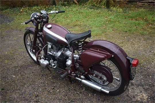 A 1952 Douglas 80 Plus, registration number GSK 130,***frame