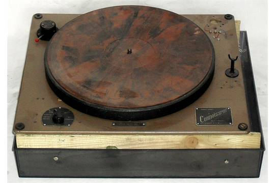 Connoisseur' Turntable by A R  Sugden of Brighouse  3-Speed