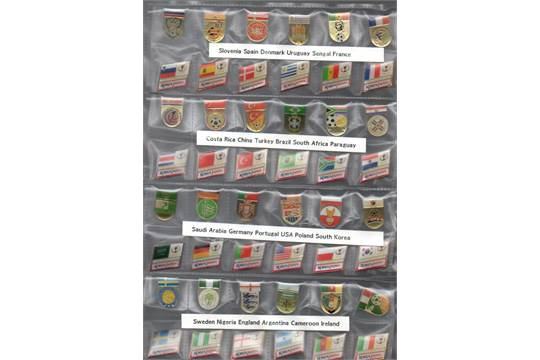 Football Pin Badges: A very large collection of World Cup