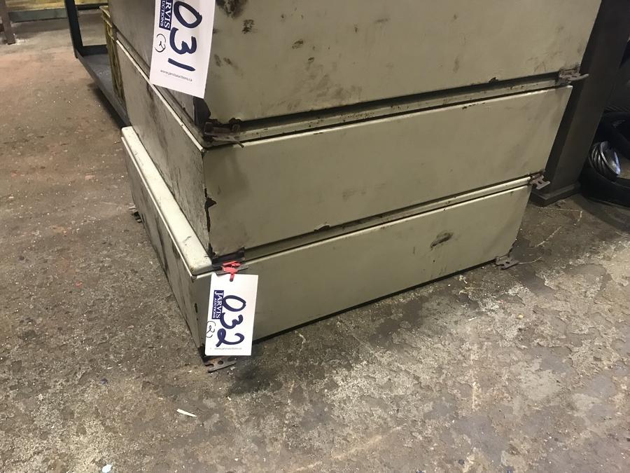 Lot 32 - 2 CONTROL BOXES