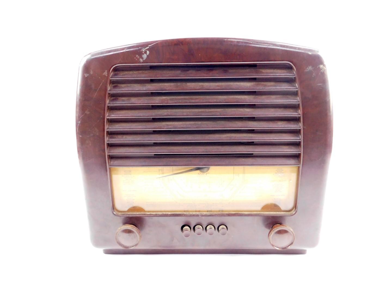A GEC brown bakelite radio, Cat No BC4650L, Inst. No KX1945, 34cm H, 37.5cm W.