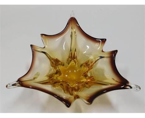 A decorative Murano glass dish 12in wide