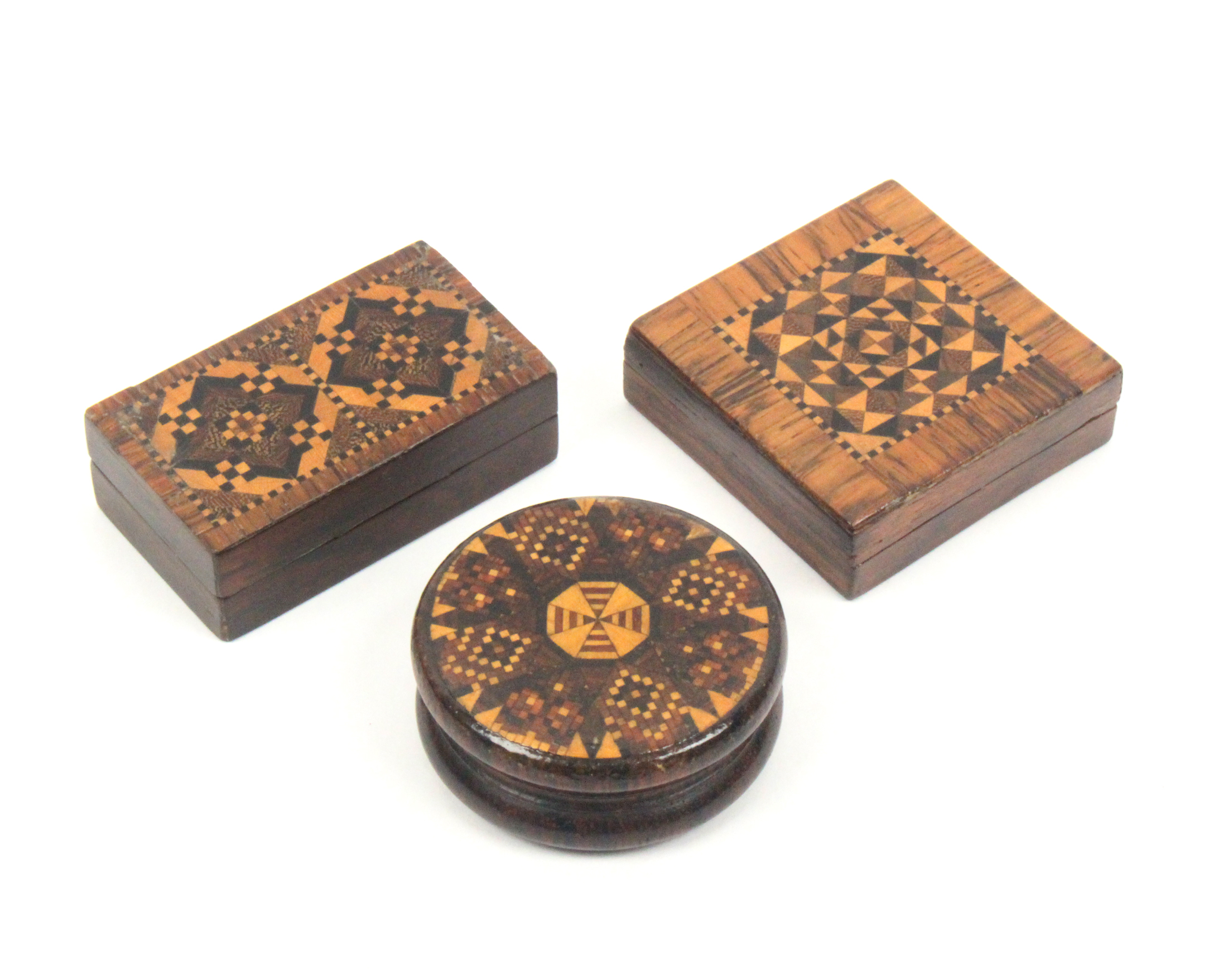 Lot 20 - Tunbridge ware - three pieces comprising a rosewood circular box with geometric mosaic lid, 4.5cm, a