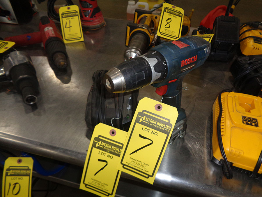 Lot 7 - BOSCH CORDLESS DRILL WITH CHARGER