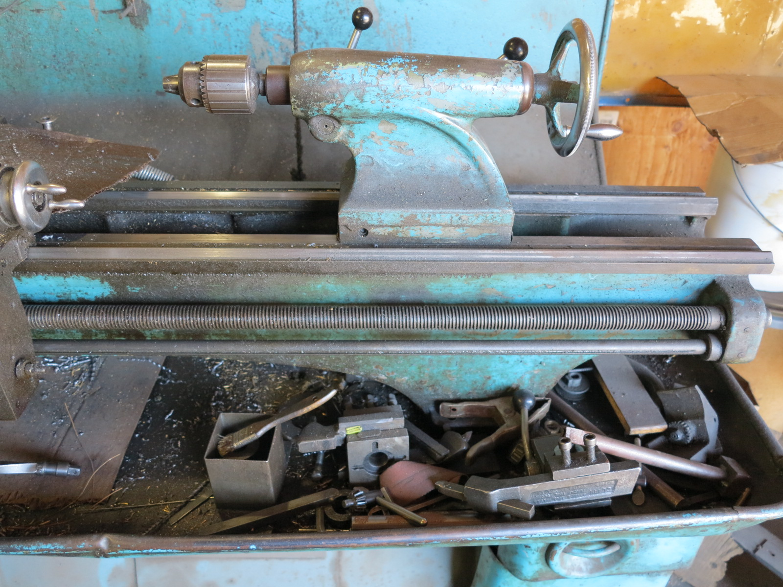 "Lot 35 - CLAUSING COLCHESTER LATHE, 8"" 3-JAW CHUCK, TOOLING AND TAIL STOCK"