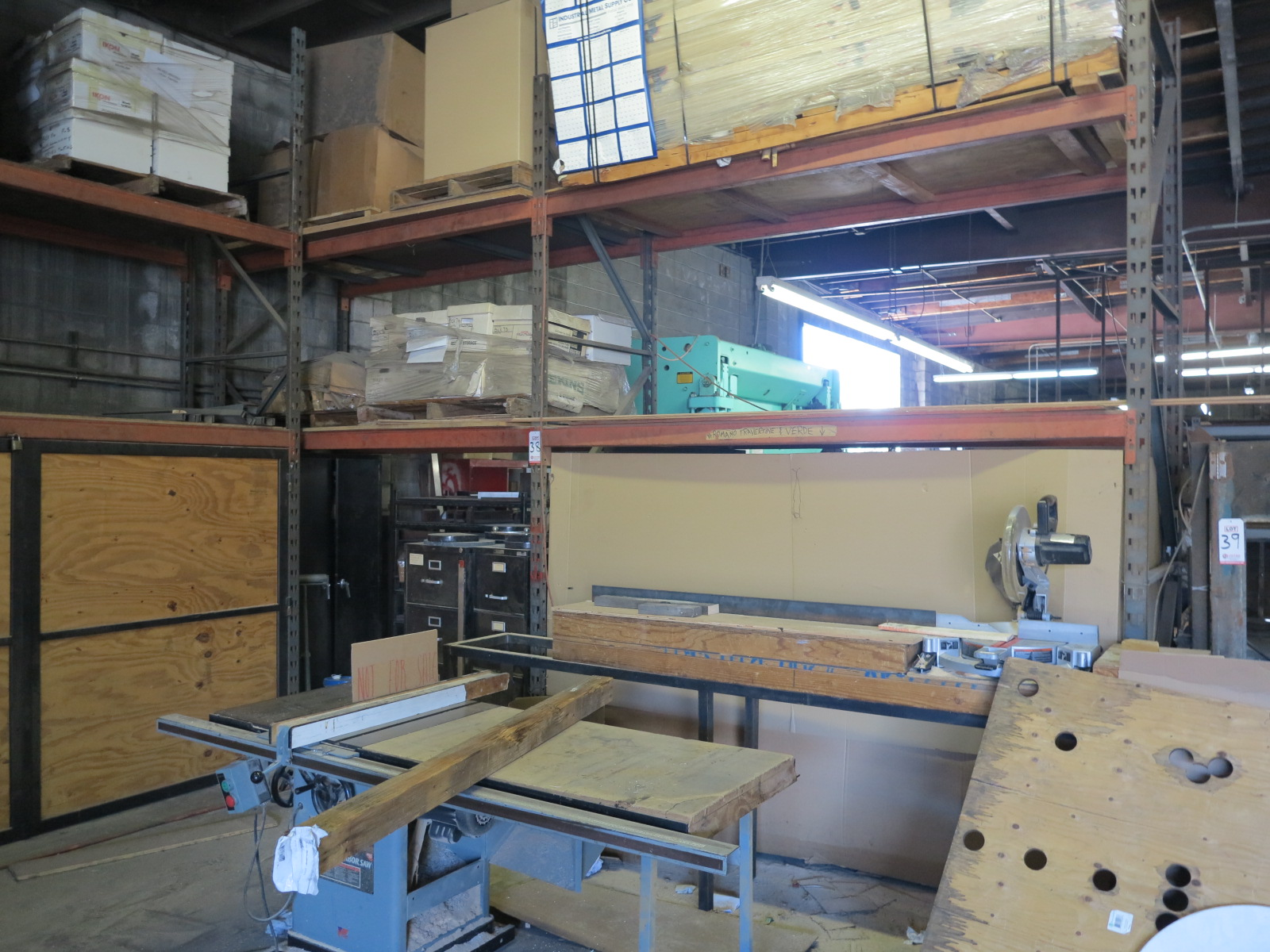 Lot 38 - LOT - (2) SECTIONS PALLET RACKING, 10' X 14' X 4'