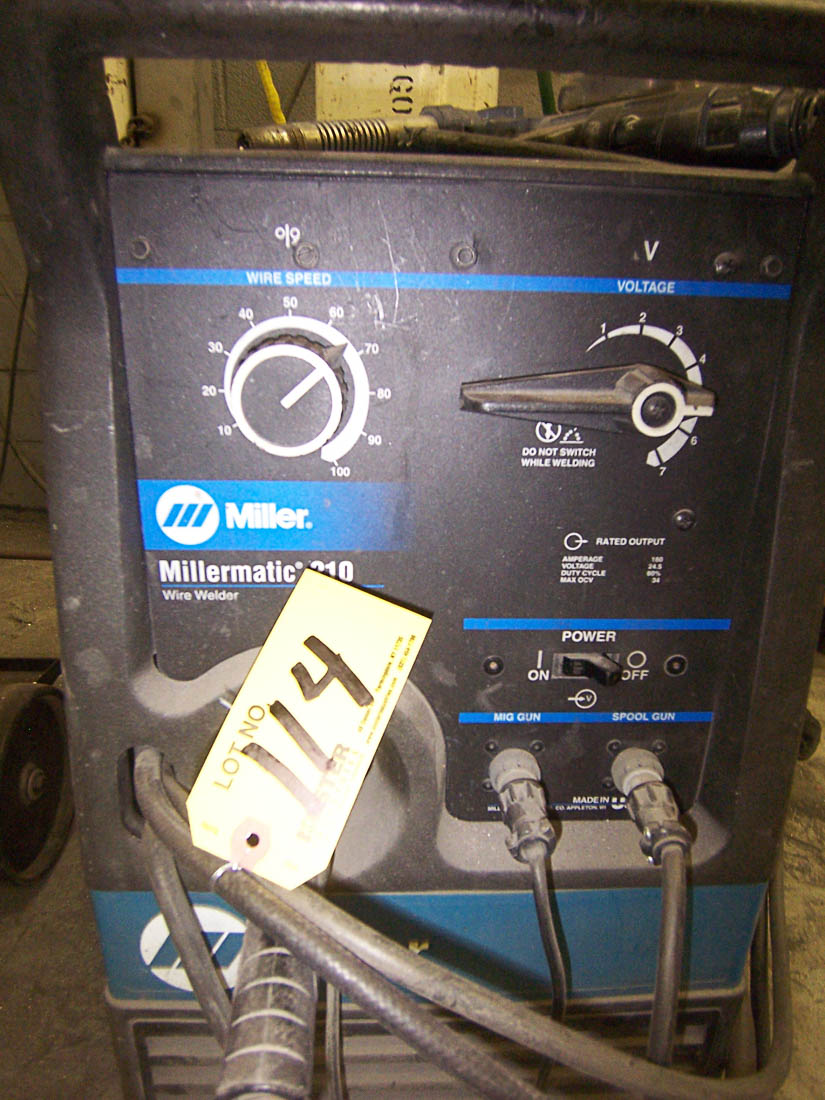 miller millermatic 210 160 amp mig welder with built in wire feed no tank