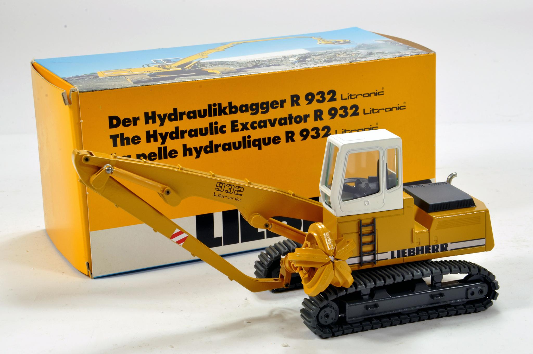 Lot 328 - Conrad 1/50 construction issue comprising Liebherr R932 Hydraulic Excavator. E to NM.