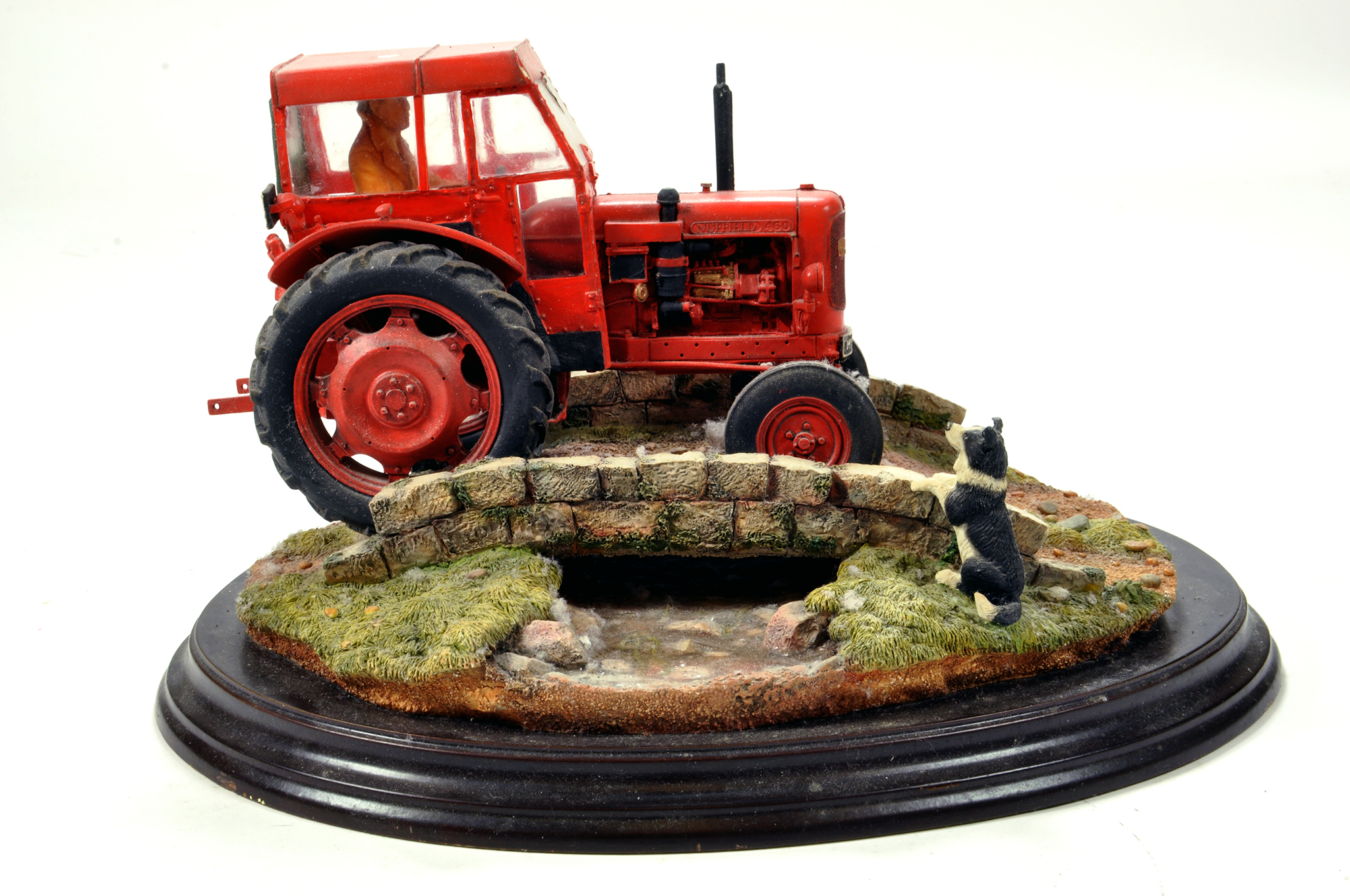 Lot 828 - A static presentation piece comprising Welcome Home, a Country Artists model featuring Nuffield