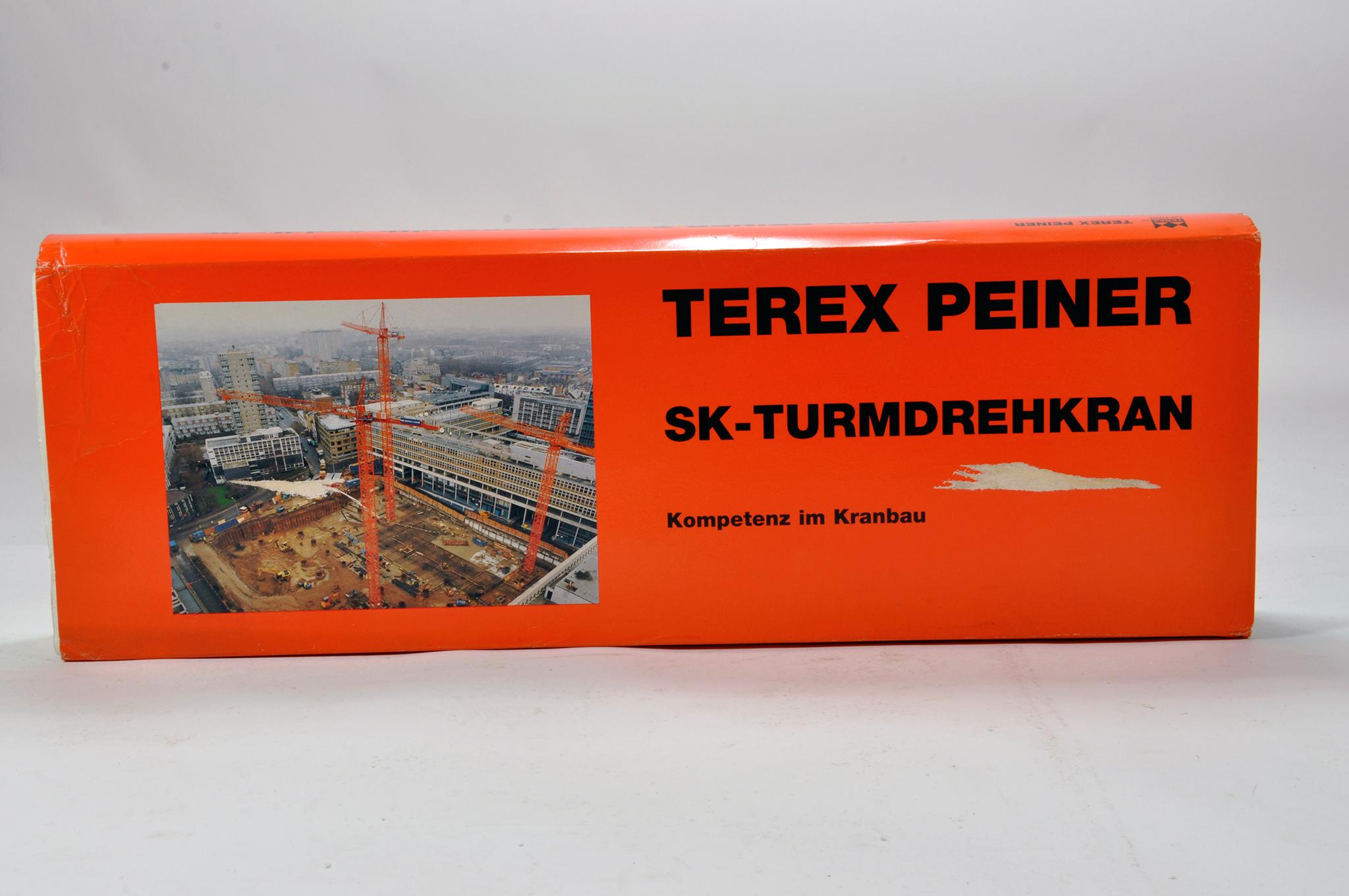 Lot 314 - Conrad 1/87 construction issue comprising No. 2010 Terex Peiner SK Tower Crane. E to NM.