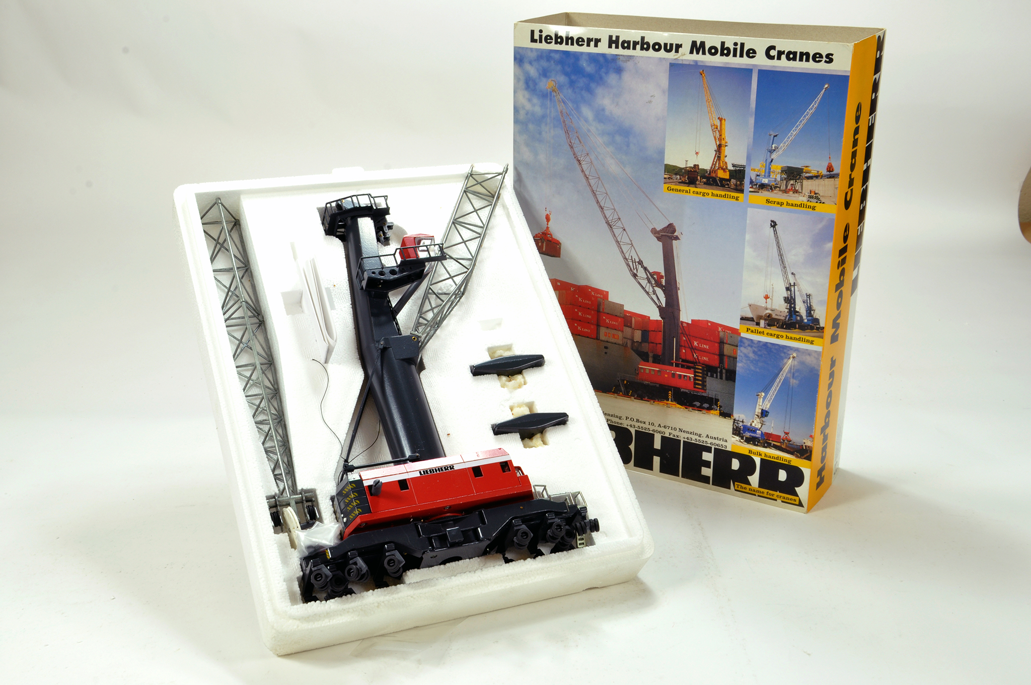 Lot 338 - Conrad 1/100 construction issue comprising Liebherr Harbour Crane. E to NM.