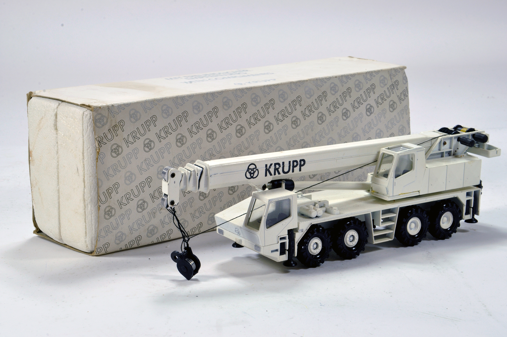 Lot 308 - Conrad 1/50 construction issue comprising No. 2080 Krupp Mobile Crane. E to NM.