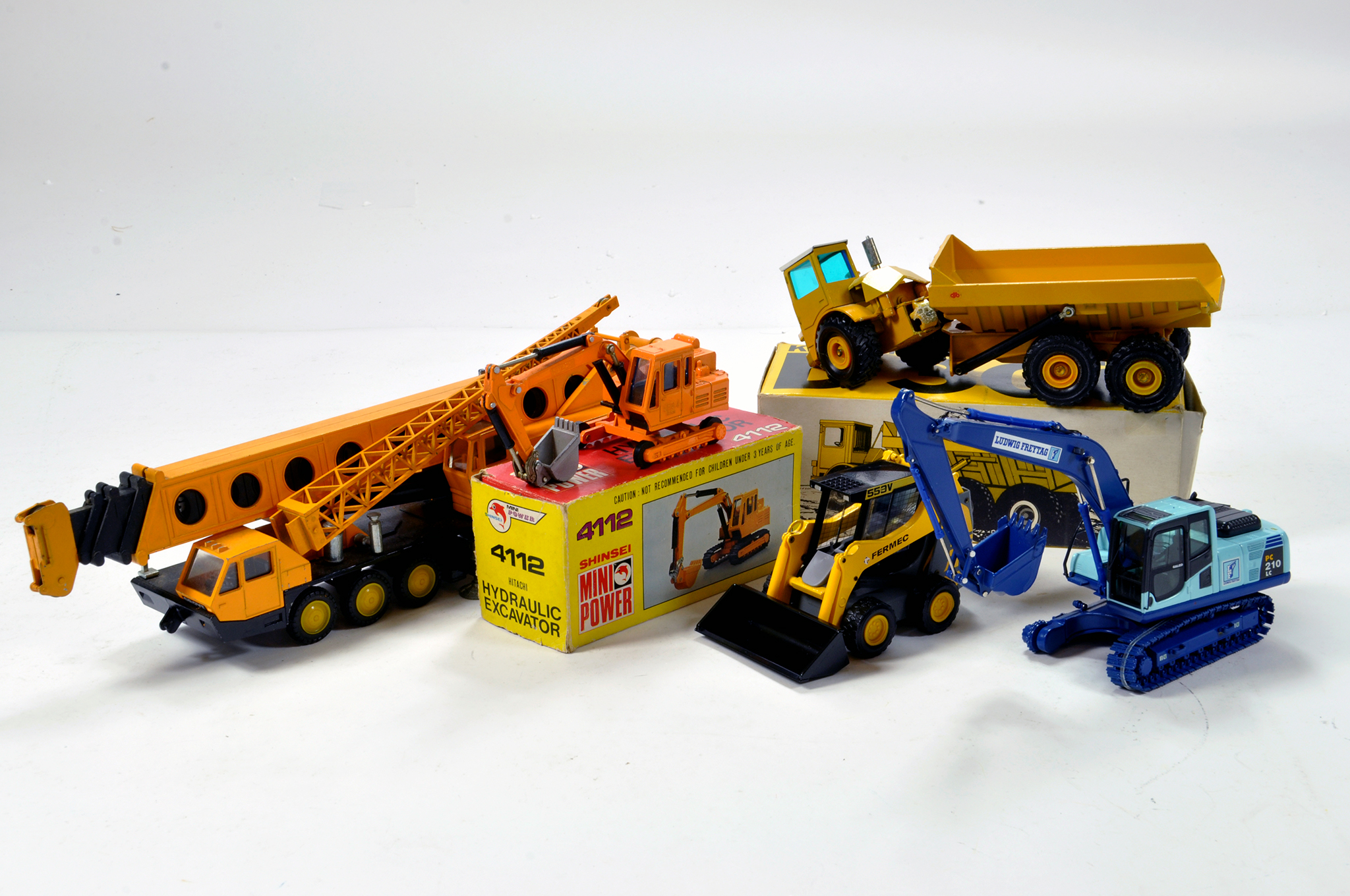 Lot 652 - Assorted Construction diecast issues from various makers including Shinsei, Conrad, NZG etc.