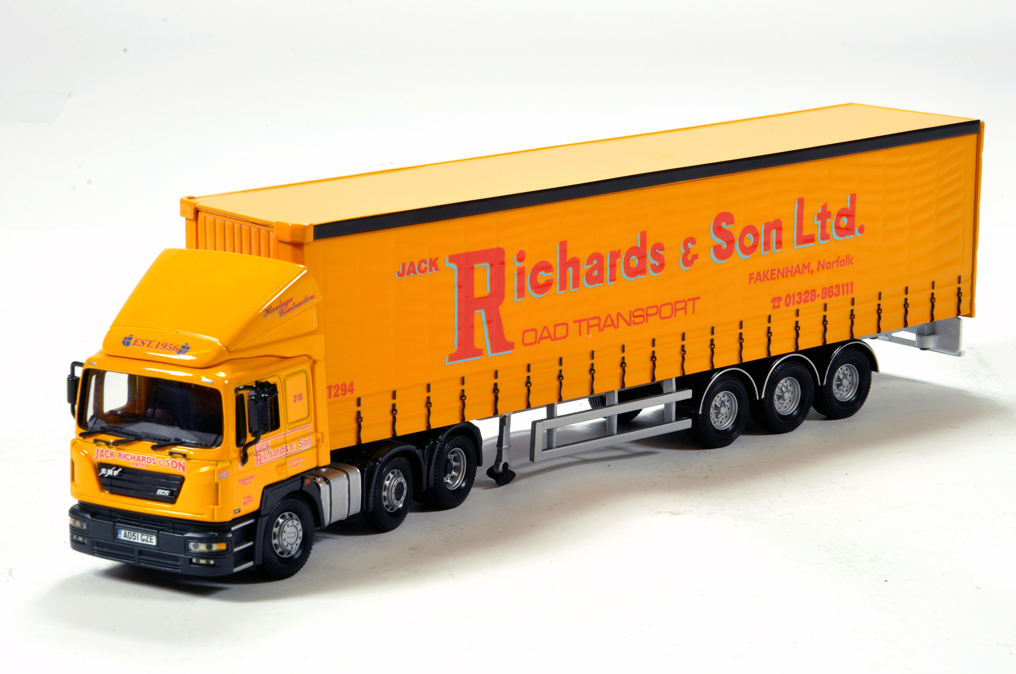 Lot 459 - Corgi 1/50 unboxed diecast truck issue comprising Jack Richards. Generally VG.
