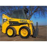 GEHL R165 SKID STEER w/BUCKET