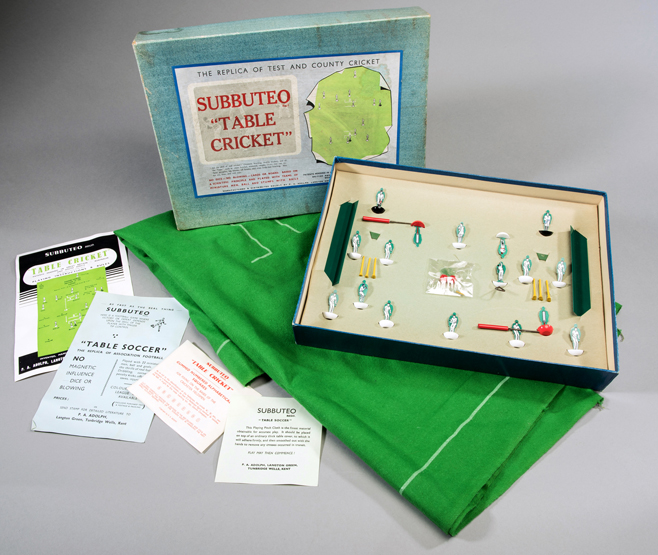 Lot 80 - A 1950s boxed set of Subbuteo Table Cric & A 1950s boxed set of Subbuteo Table Cricket playing pitch a pair ...