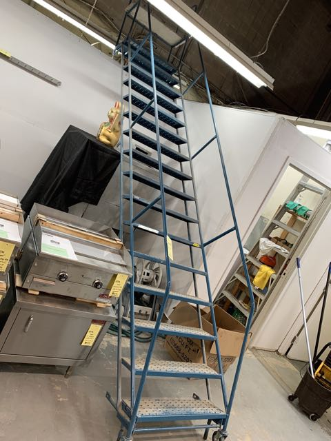 """Échelle KLETON # B3216H - cap 300 lbs - 144 """""""