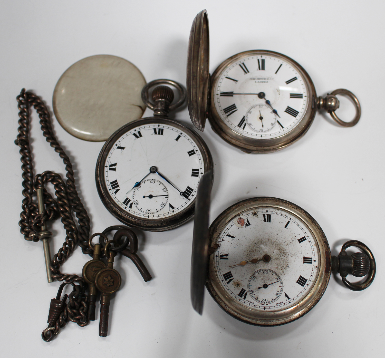 Lot 1017 - A silver keyless wind half-hunting cased gentleman's pocket watch with a gilt jewelled movement,