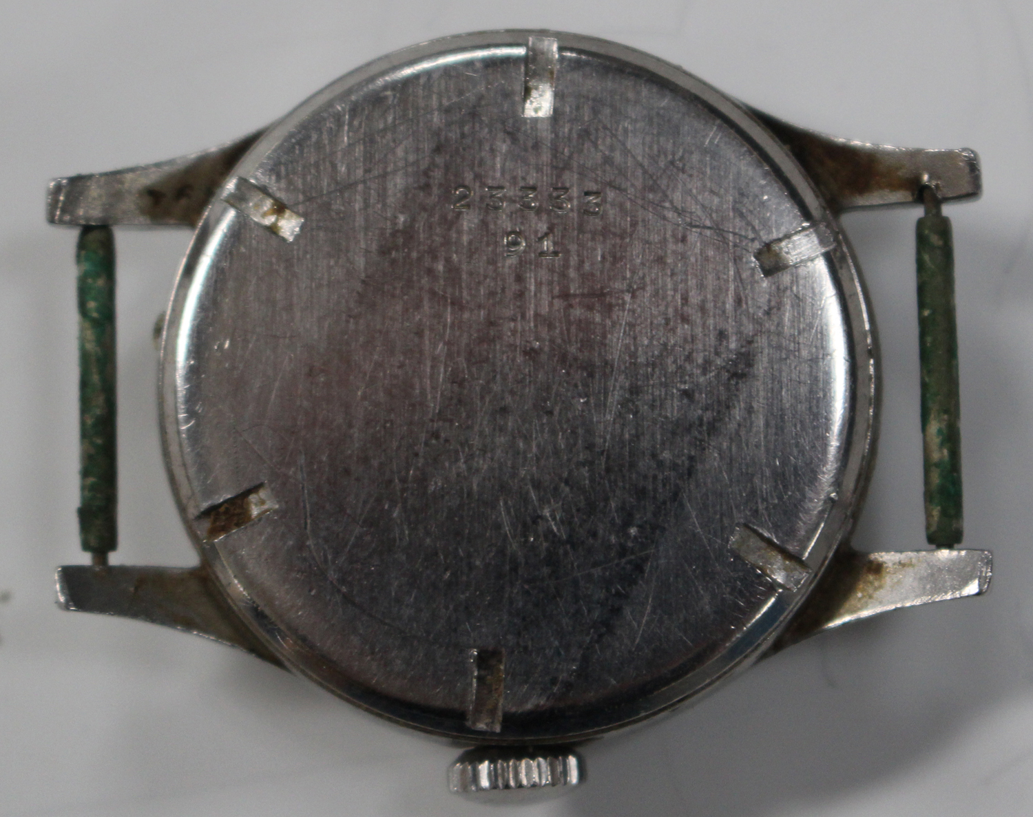 Lot 1038 - A Longines military style steel cased gentleman's wristwatch, circa 1945, the signed movement