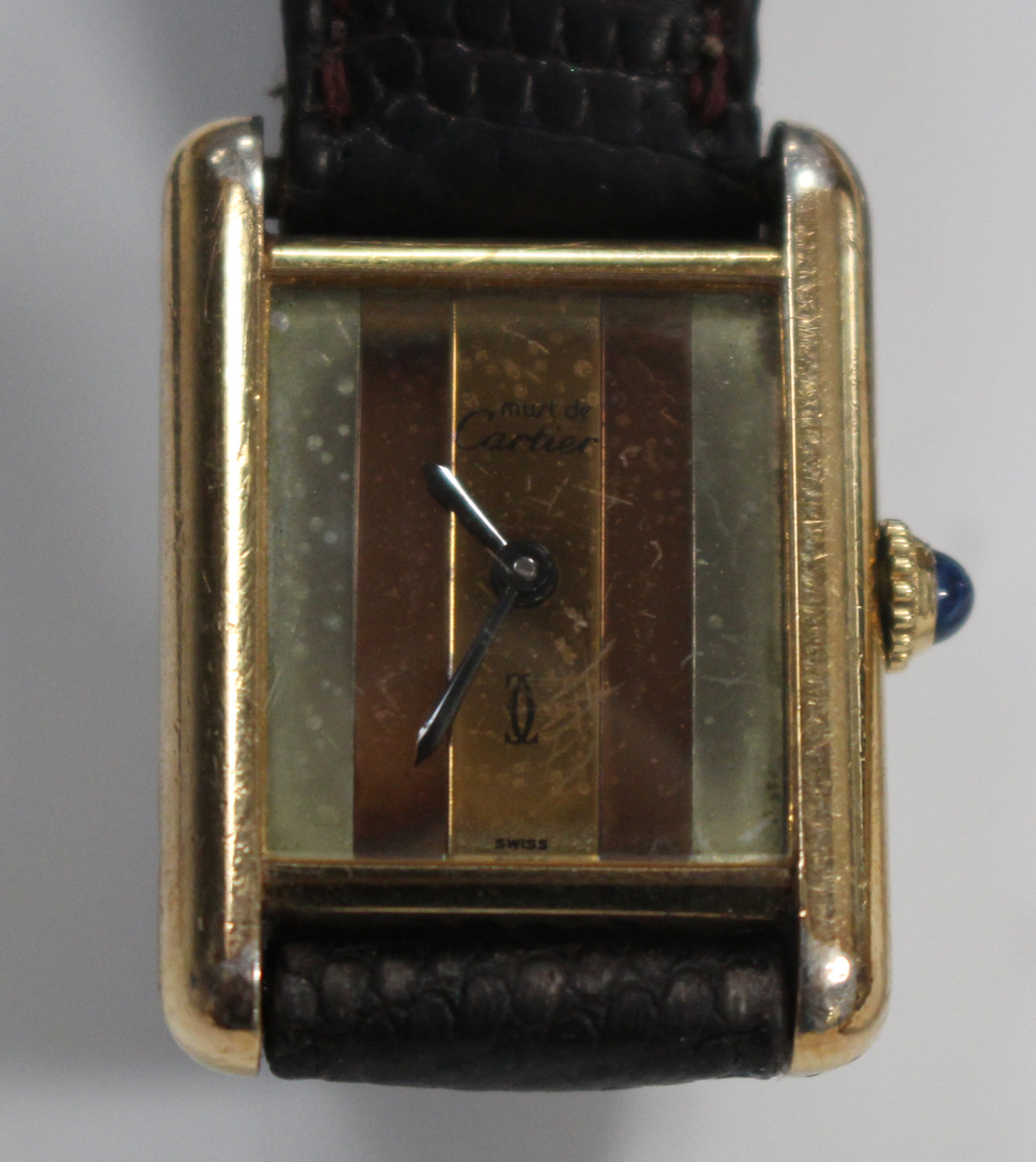 Lot 1037 - A Must de Cartier silver gilt rectangular cased lady's wristwatch, the signed three colour