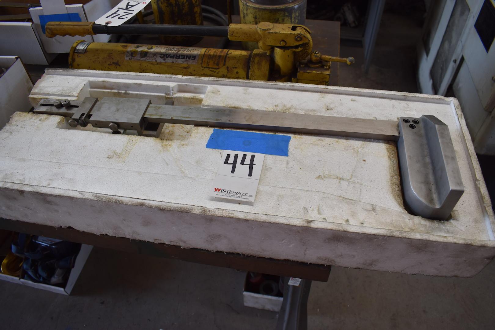 Lot 44 - Mitutoyo 20 in. Height Gauge