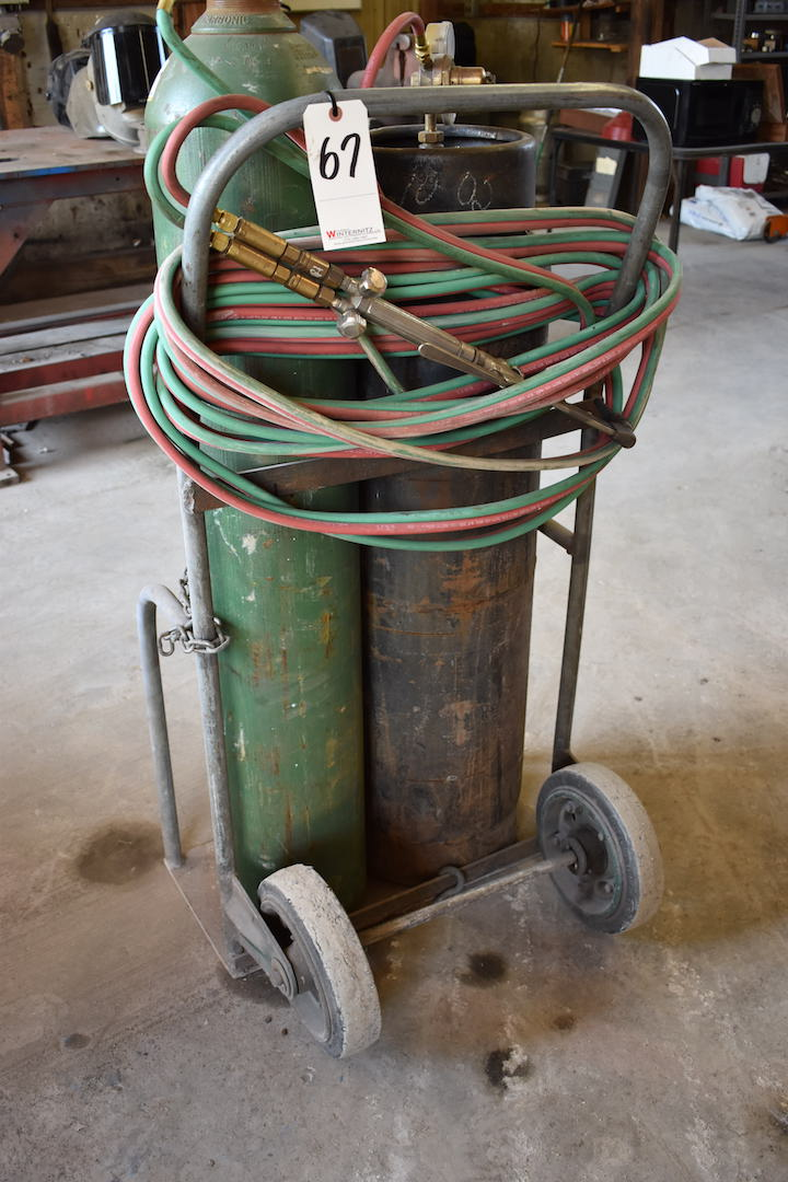 Lot 67 - LOT: Welding Cart with Torch, Hose & Gauges (No Tanks)