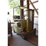 Clark Forklift Truck (needs repair)