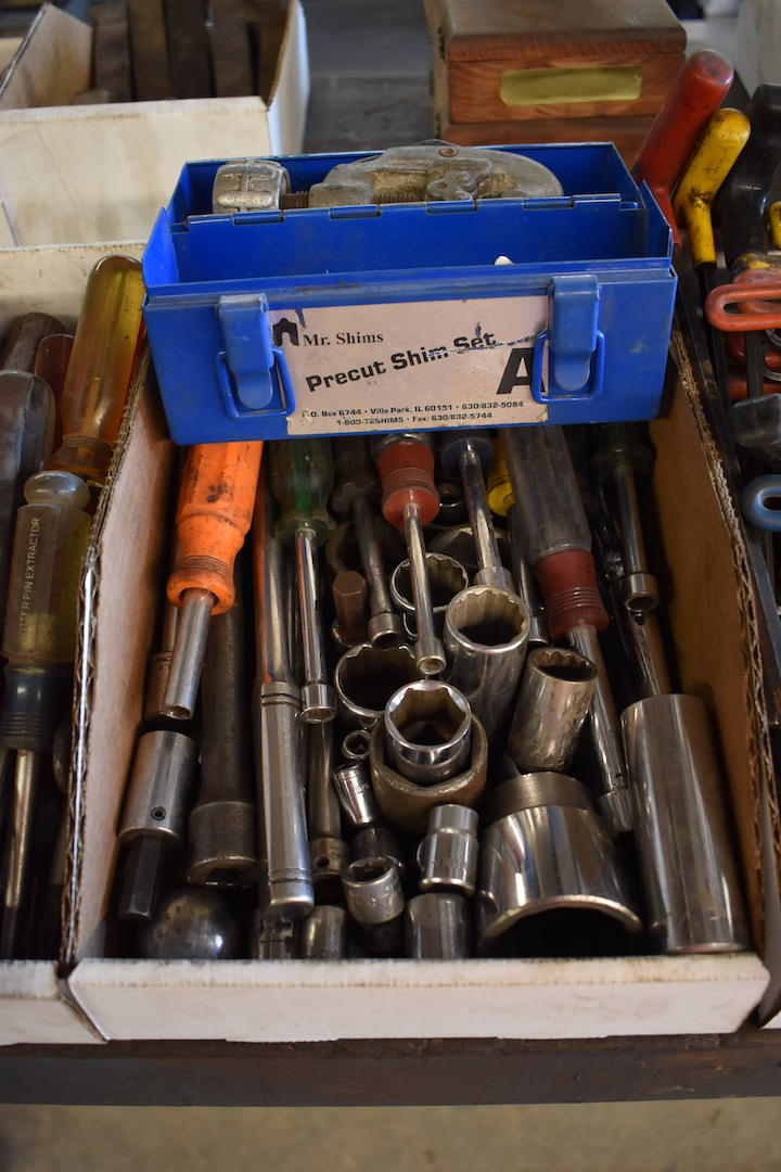 Lot 41A - LOT: Assorted Hand Tools