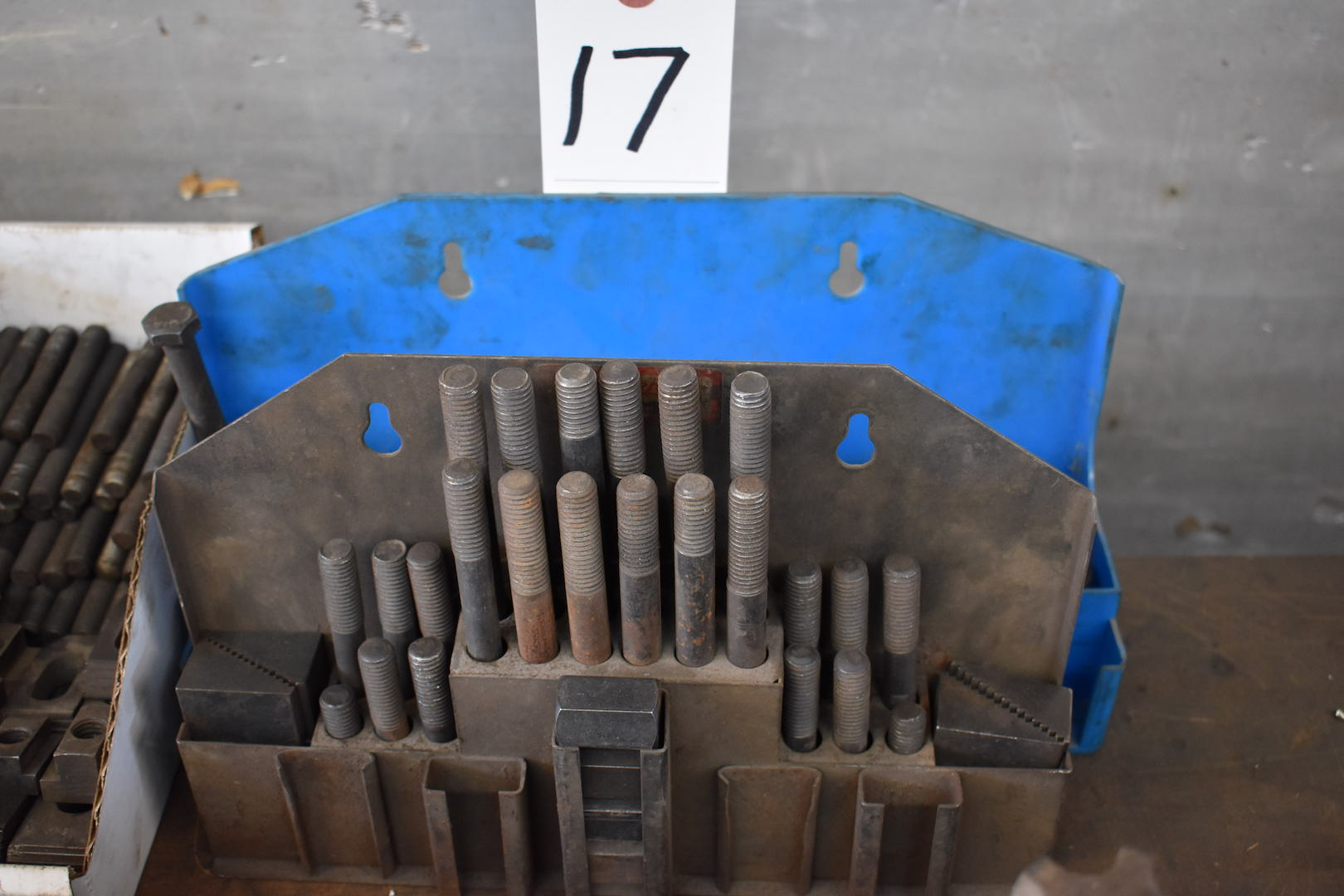 Lot 17 - LOT: Hold Down Parts