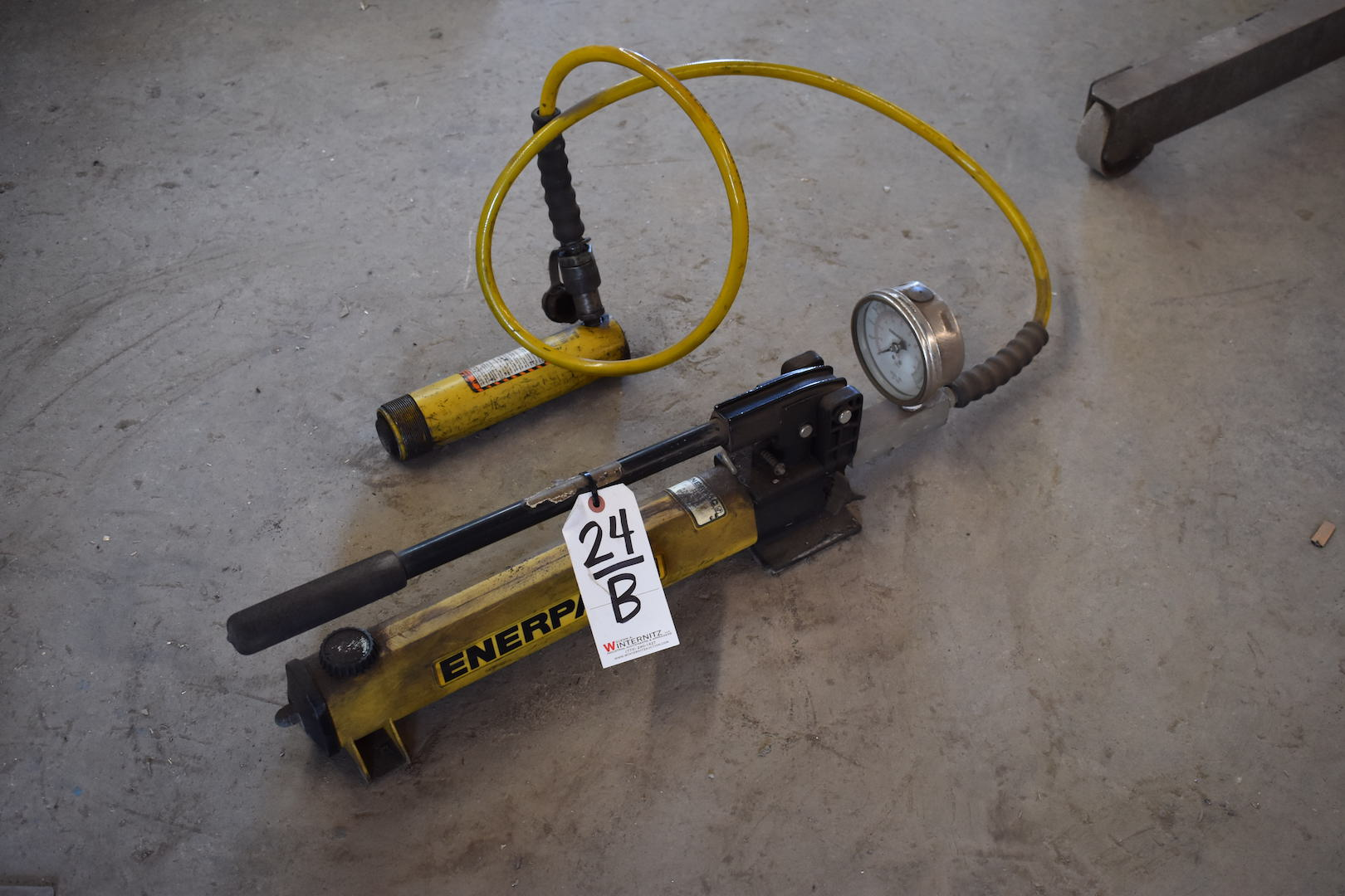Lot 24B - Enerpac Power Pack