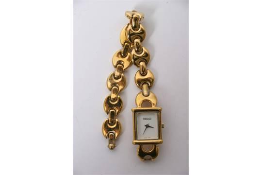 fde38abeb52 A Gucci watch model 1800L