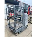 JLG 20MVL ELECTRIC MAN LIFT, BUILT IN BATTERY CHARGER, 20' PLATFORM HEIGHT, SELF PROPELLED, RUNS AND