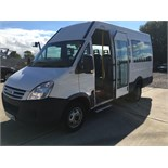 08 58 REG IVECO DAILY 40C12 DISABLED ACCESS MINIBUS WITH POWER DOOR - 2.3 TURBO DIESEL