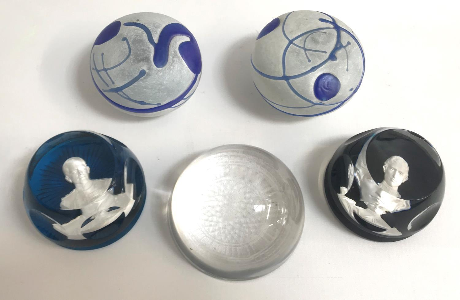 FIVE GLASS PAPERWEIGHTS comprising two Bertil Vallien for Kosta Boda Artist Collection