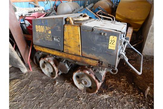 bomag bmp 851 padfoot remote control trench roller compactor s n rh bidspotter com BOMAG BT65 4 Parts bomag bmp 851 parts manual