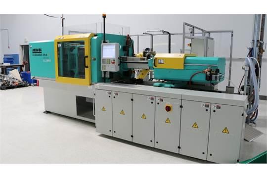 Choice of lots: 2 } } Arburg 470A-1000-170 110 Ton x 2 38-Oz