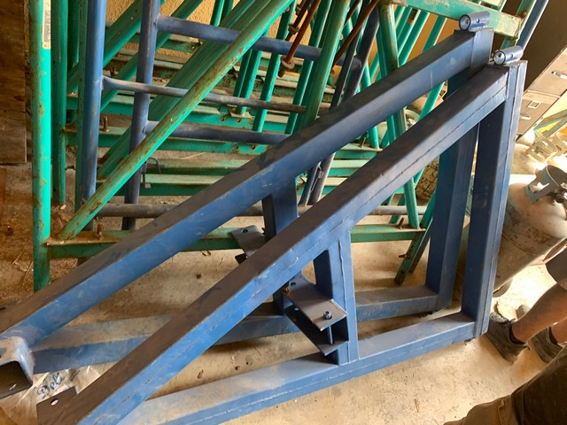 SWING STAGE HEAVY DUTY BEAM & BRACKET ROOF WEIGHT SYSTEM - Image 3 of 3