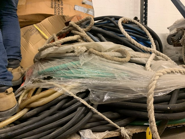 PALLET ASSORTED SWING STAGE ELECTRICAL CABLE, HOSES, ETC - Image 2 of 2