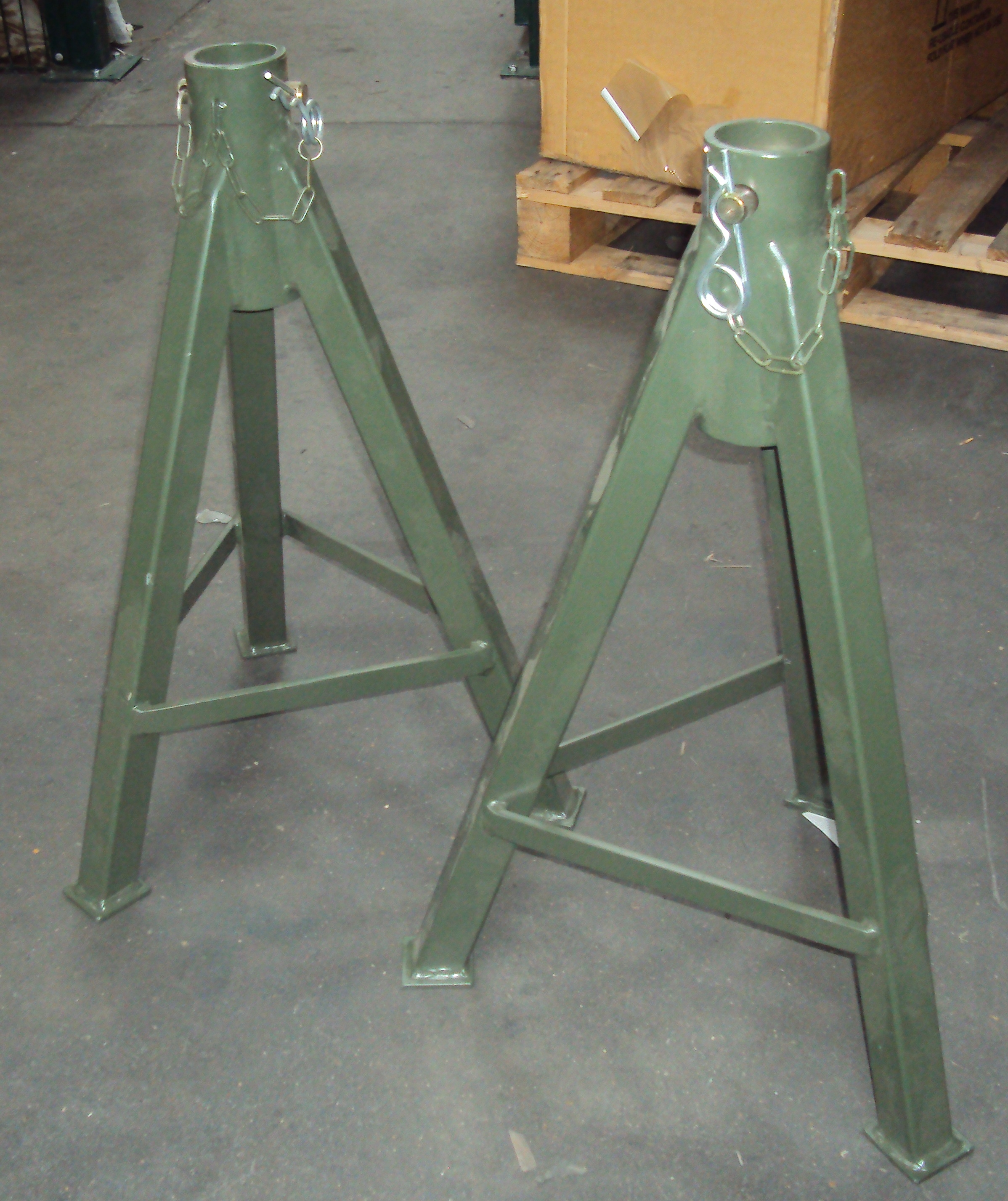 Lot 21 - Pack of 2 - Green Stands - Used